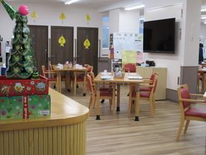 クリスマス(季節のイベント時)の館内の様子です