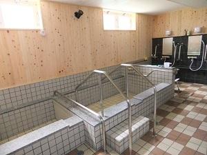 檜張りの大浴場