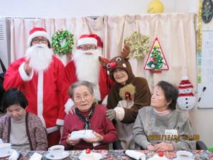 季節行事(クリスマス)は、みんなで仲良くお祝いします♪